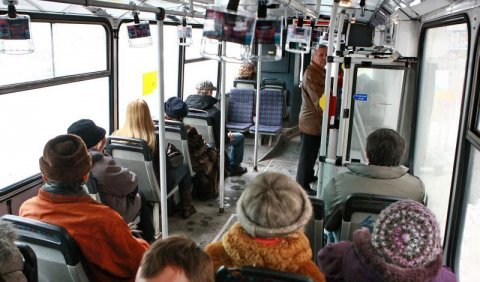 305015_mhd-bratislava-autobus-doprava-dopravny-podnik-autobusy-spojenie-cestujuci