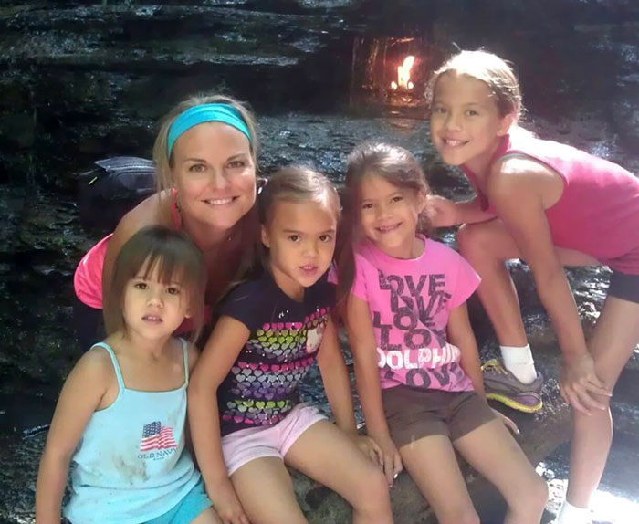mom-adopts-4-daughters-brain-cancer-death-best-friends-elizabeth-diamond-laura-ruffino-4