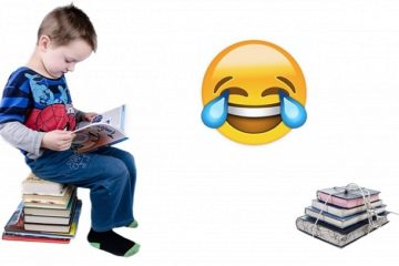 schoolboy-is-sitting-on-books-1388233450gly