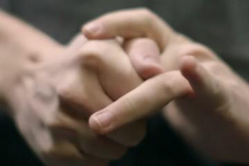 pukanie prstov