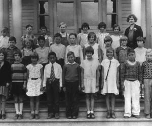 Fifth_Grade,_Beaverton_Grade_School,_1930-31_(Beaverton,_Oregon_Historical_Photo_Gallery)_(64)