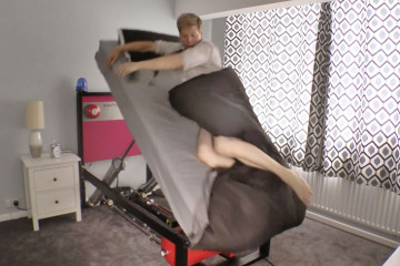 high-voltage-ejector-bed-throw-out-colin-furze-5