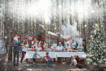 the-macaulays-create-christmas-family-cards-with-a-twist-3__880