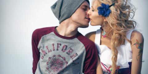 couple-kissing-photography-hd-wallpaper-1920x1200-15555