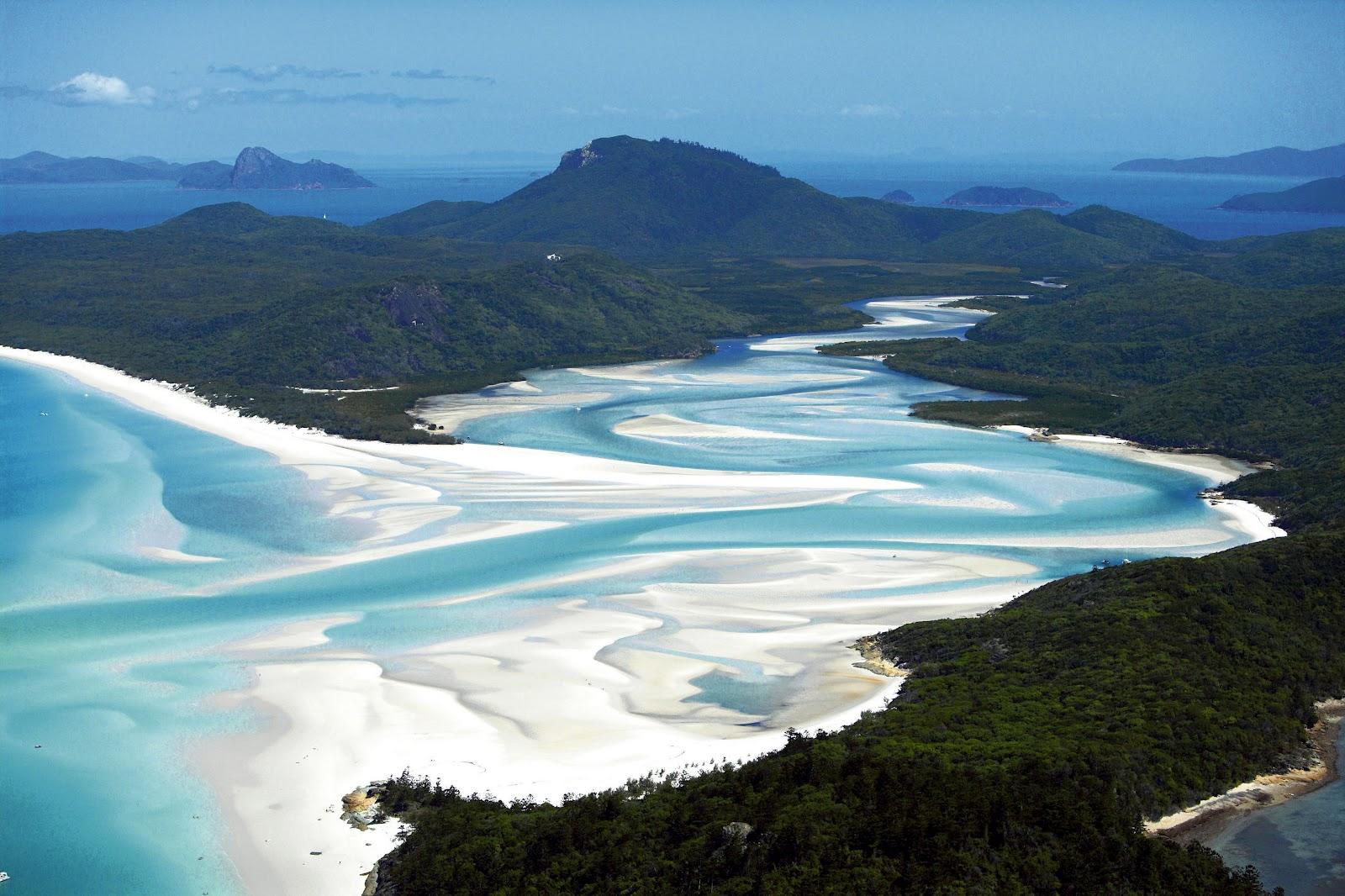 1.-Whitehaven-Beach-Australia-2