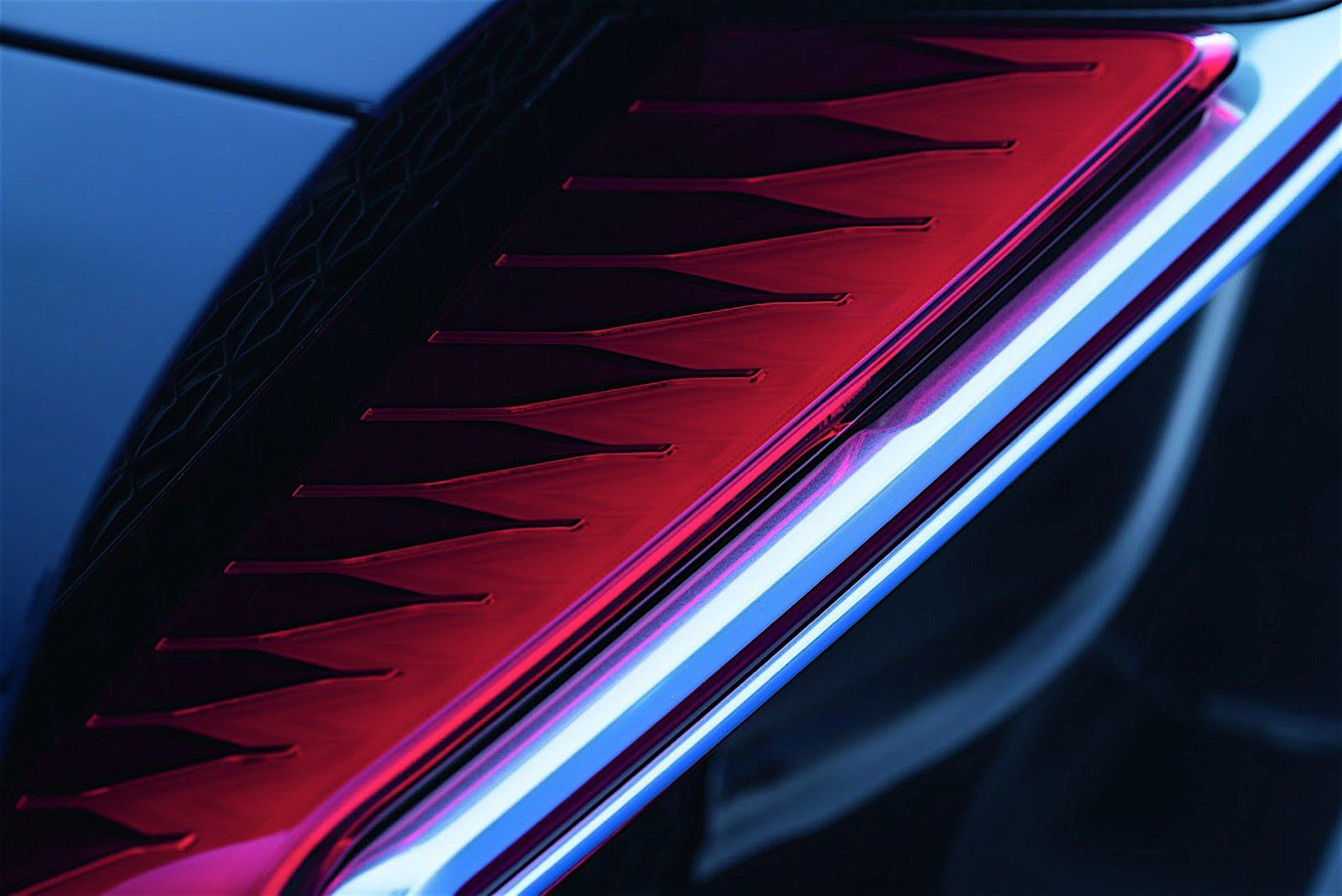 2017-bugatti-chiron-lets-its-quad-turbocharged-w16-loose_9