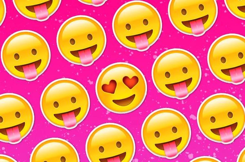 emoji-movie-heart-1461061470
