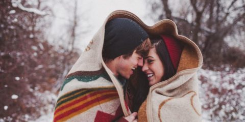 couple-boy-girl-love-winter-snowfall-1920x1200