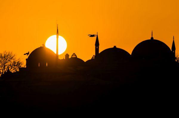 Topkapi Palace, Istanbul, Turecko, vychod slnka, protisvetlo
