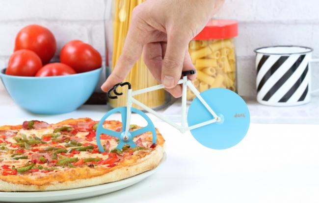 6099155-fixie-pizza-cutter-650-0eea99fd6a-1471528496