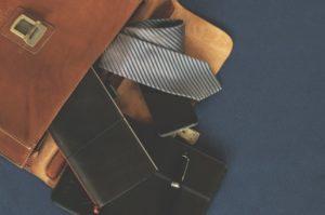 briefcase-1578138_960_720_zmensena