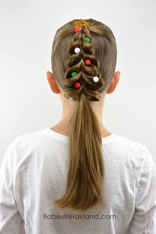 creative-christmas-hairstyles-5-58468cbcb9d7a__605