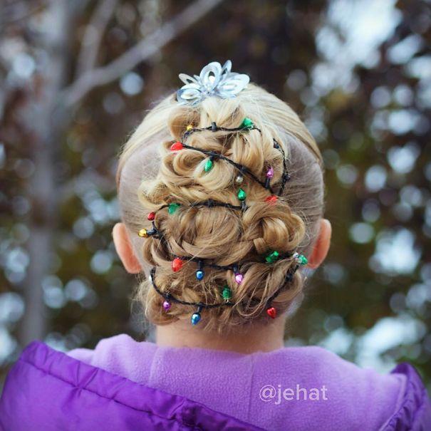 creative-christmas-hairstyles-54-58468d518a7a4__605