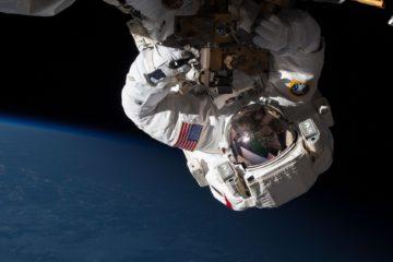 astronaut-spacewalk-1468161149z6x