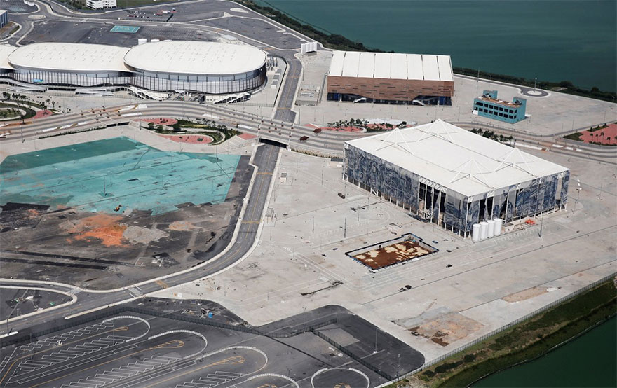 rio-olympic-venues-after-six-months-1-58a1b8d09e29d__880