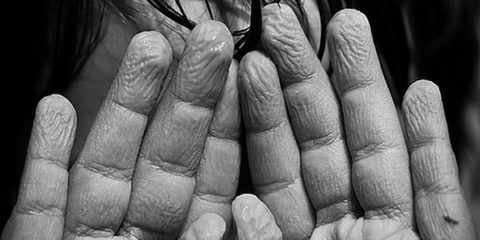 wrinkly-fingers