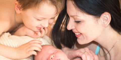 3011629-img-matka-deti-sourozenci-materstvi