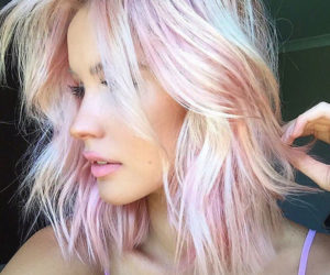 holographic-hair-are-here-and-its-the-hottest-hair-trend-of-2017-58ec9b0f5e67a__700