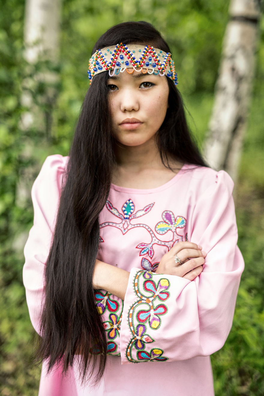 35-portraits-of-amazing-indigenous-people-of-siberia-from-my-the-world-in-faces-project-59476a18c049b__880