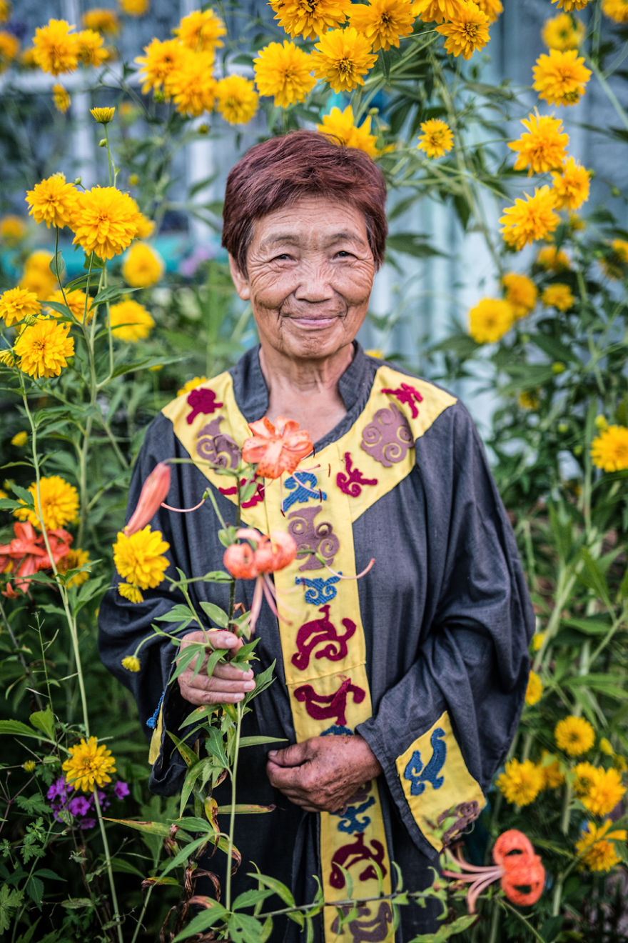 35-portraits-of-amazing-indigenous-people-of-siberia-from-my-the-world-in-faces-project-59476a9088b21__880