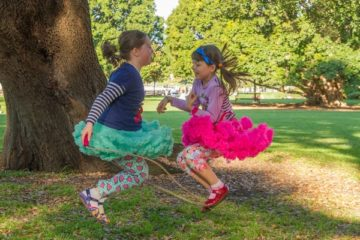 two_girls_playing_skipping_rope