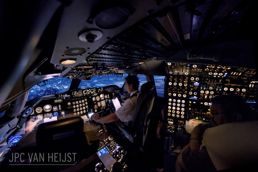 piloti-se-chlubi-ohromujicim-vyhledem-z-kokpitu-letadla42323
