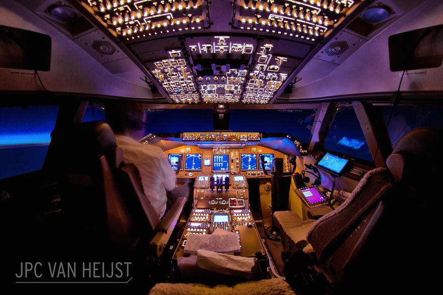 piloti-se-chlubi-ohromujicim-vyhledem-z-kokpitu-letadla6756