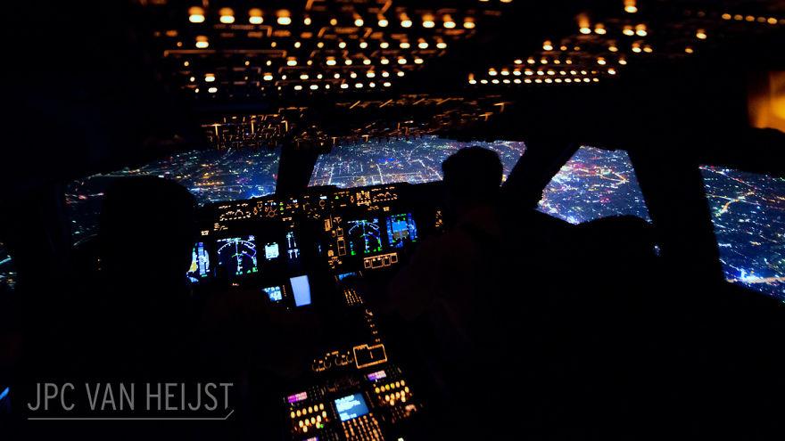 piloti-se-chlubi-ohromujicim-vyhledem-z-kokpitu-letadla7878