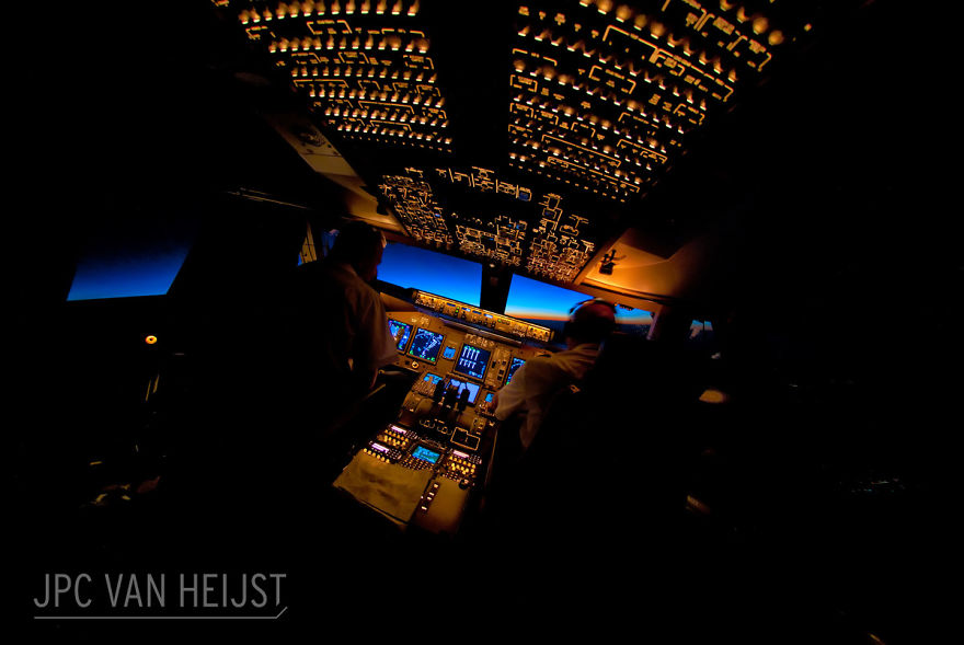 piloti-se-chlubi-ohromujicim-vyhledem-z-kokpitu-letadla97987