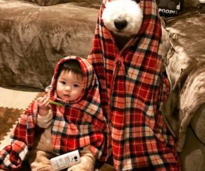 girl-poodle-dog-friendship-mame-riku-japan-10-59819d420f21a__700
