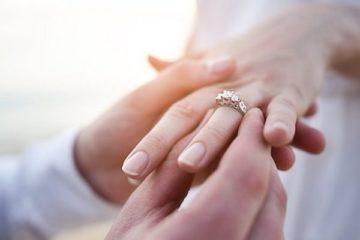 woman-engagemnt-ring-wedding