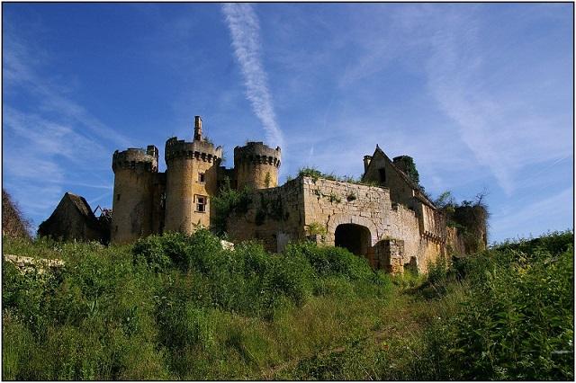 saint-vincent-le-paluel_dordogne_-_02_vue_sud-est_chateau_du_paluel