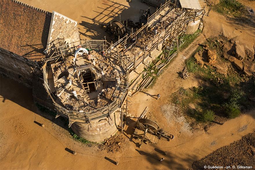 building-13th-century-guedelon-castle-france-15-59c9fe64a6778__880