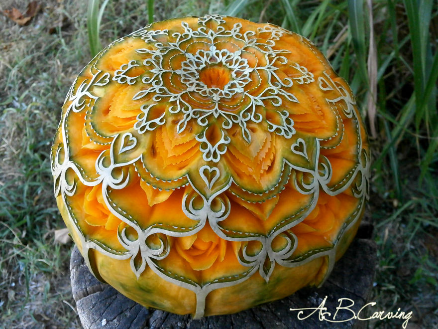 16-alternative-halloween-pumpkins-carved-by-master-angel-boraliev-59ec66c42b07c__880