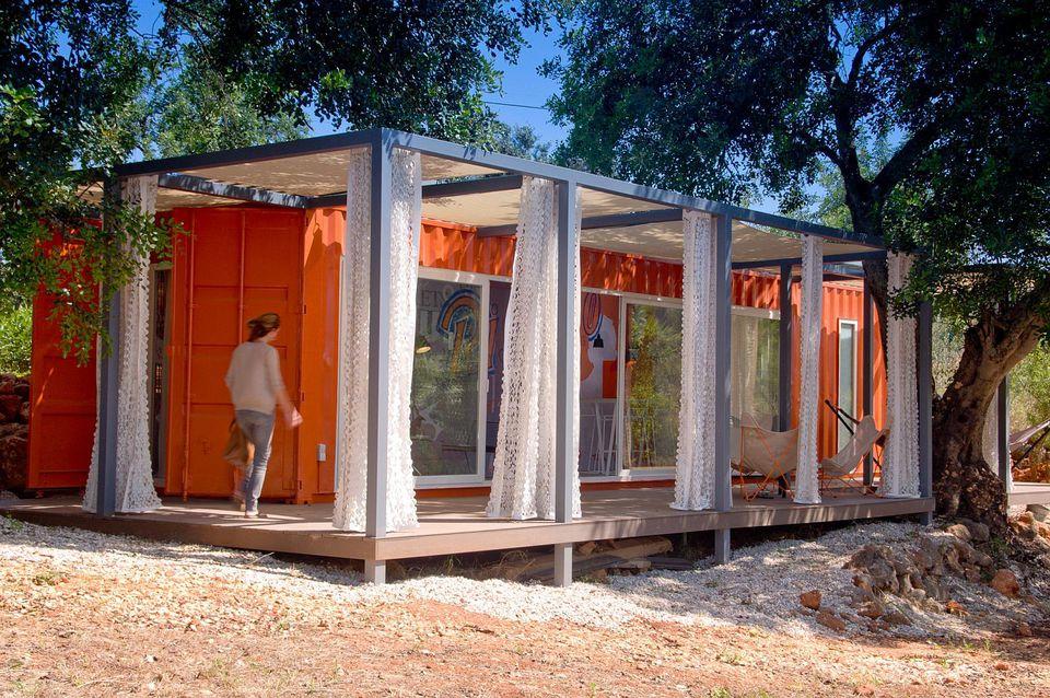 1_studio-arte-nomad-living-exterior2-via-smallhousebliss-56a886095f9b58b7d0f30ecc