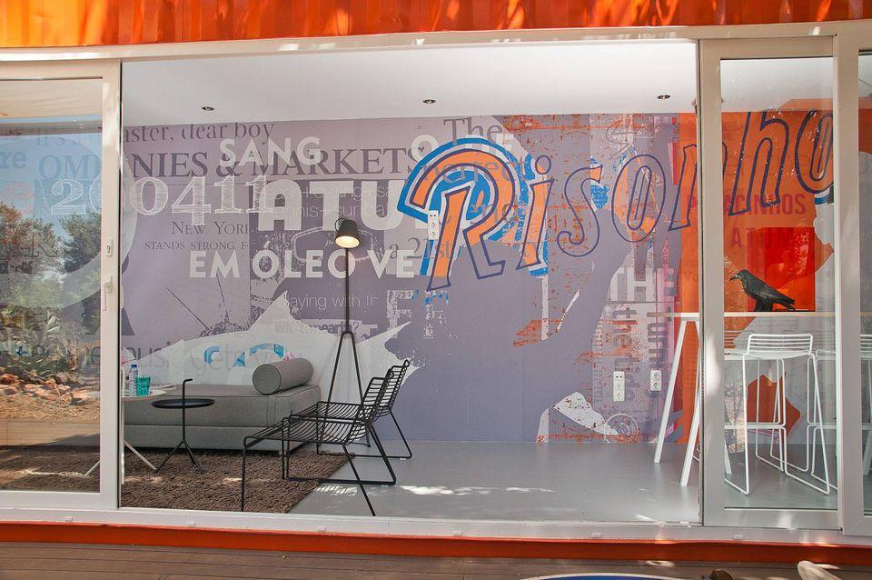 2-studio-arte-nomad-living-interior4-via-smallhousebliss-56a8860a5f9b58b7d0f30ecf