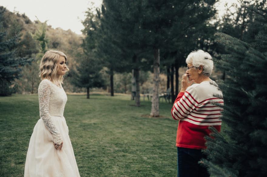 bride-wears-grandmother-old-wedding-1962-dress-penny-jensen-jordyn-cleverly-1