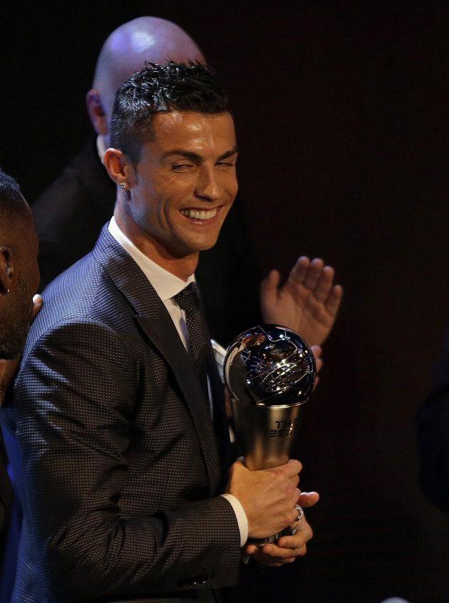 ronaldo-trofej