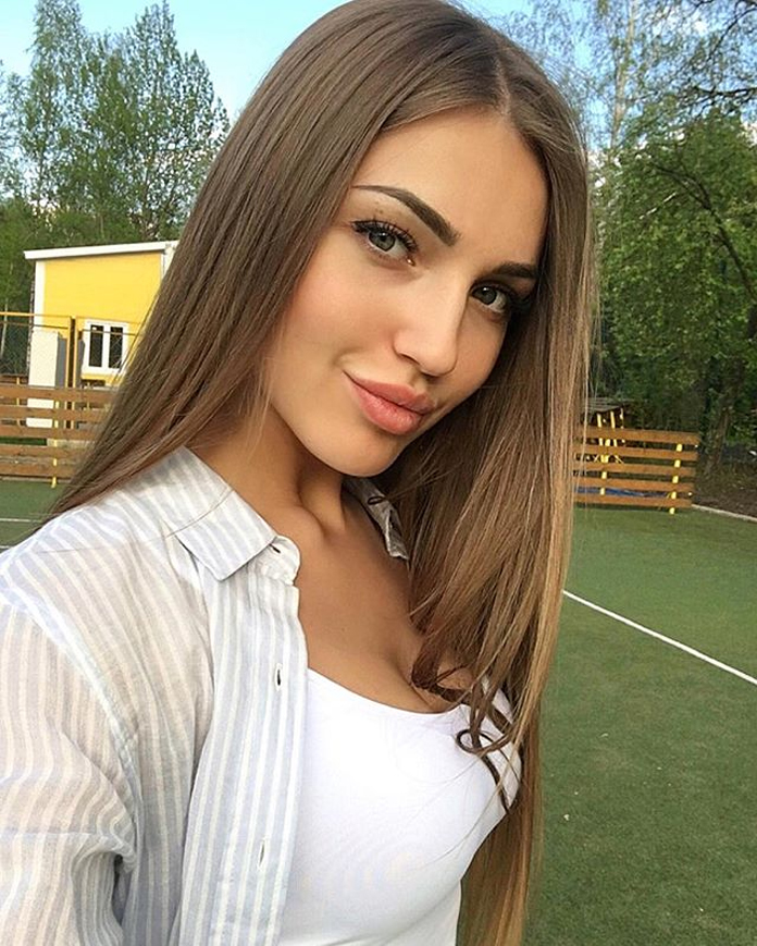 frennechka-mlada-zubarka-z-bieloruska-1