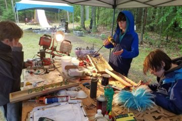 we-built-this-out-of-this-world-project-with-90-kids-in-the-woods-59f714a3b3d87__880