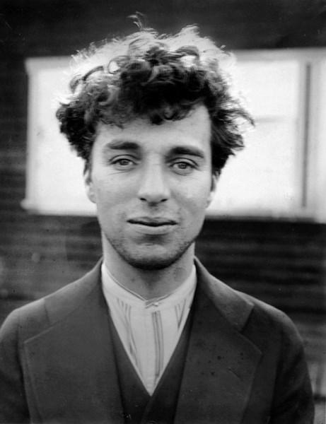 27-ročný Charlie Chaplin, 1916
