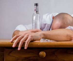 alcohol-hangover-event-death-52507