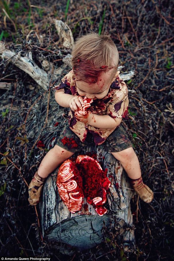 mom-gets-criticized-over-sons-zombie-cake-photo-shoot-reveals-the-heartbreaking-secret-behind-it-5a9ecae5a7135__605