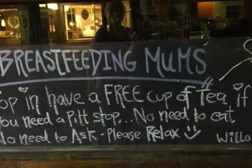 free-tea-for-breastfeeding-mothers-cafe-sign