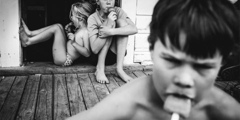 raw-childhood-without-electronic-devices-niki-boon-new-zealand-6