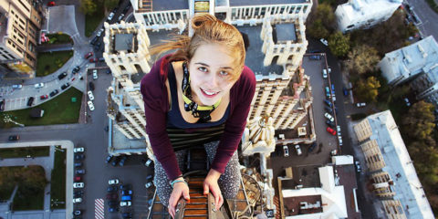 roof-climbing-girl-dangerous-selfies-angela-nikolau-russia-11