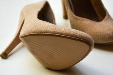 high-heels-1327021_1280