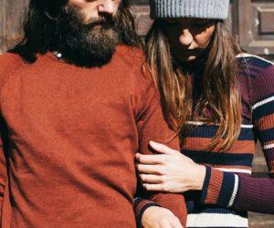 woman-holding-boyfriends-arm