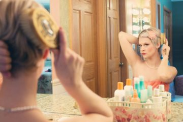 pretty-woman-makeup-mirror-glamour-39250